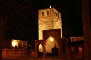 Kirchenruine im Advent